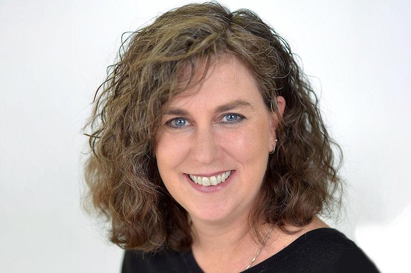 Lysa Dixon